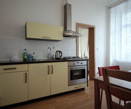 Byt k pronájmu - Praha 8 - Libeň, 2+kk