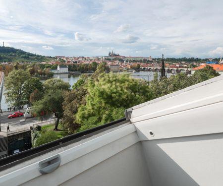Byt k pronájmu - Praha 1 - Staré Město, 4+1