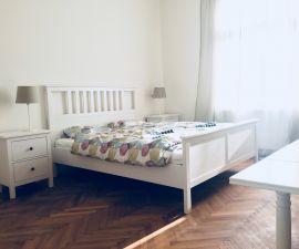 Byt k pronájmu - Praha 6 - Dejvice, 2+1