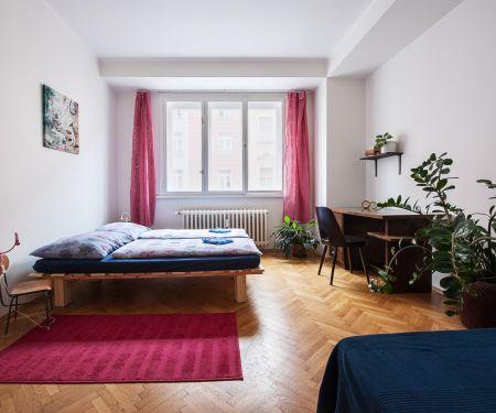Byt k pronájmu - Praha 5 - Smíchov, 3+1