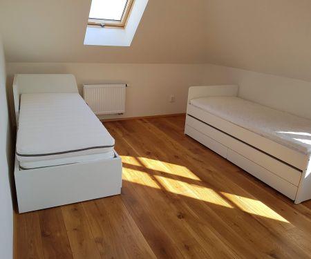 Zimmer zu vermieten - Brünn-Stred - Stranice