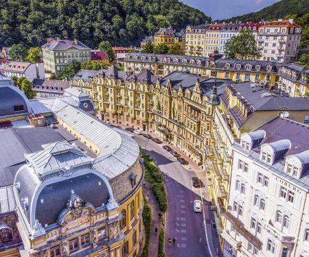 Byt k pronájmu - Karlovy Vary, 3+1