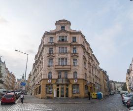 Byt k pronájmu - Praha 4 - Nusle, 2+kk