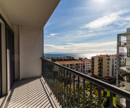 Byt k pronájmu - Funchal, 2+kk