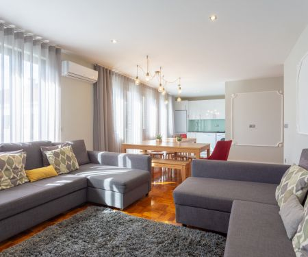 Flat for rent  - Porto, 5+kk