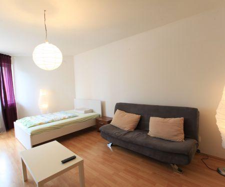 Flat for rent  - Prague 14 - Hloubetin