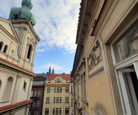 Pokoj k pronájmu - Praha 1 - Staré Město, 3+1