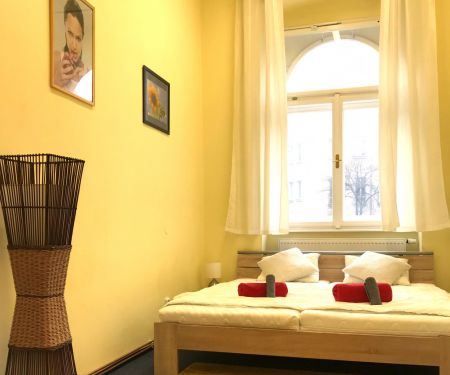 Byt k pronájmu - Praha 2 - Vinohrady, 2+1