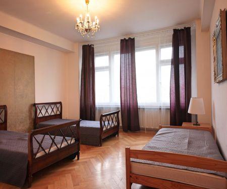 Byt k pronájmu - Praha 2 - Nové Město, 4+1