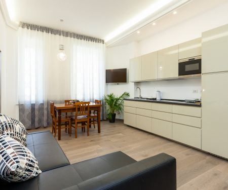 Flat for rent  - Rím, 3+kk