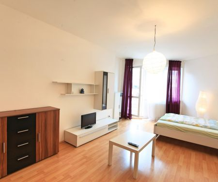 Flat for rent  - Prague 14 - Hloubetin