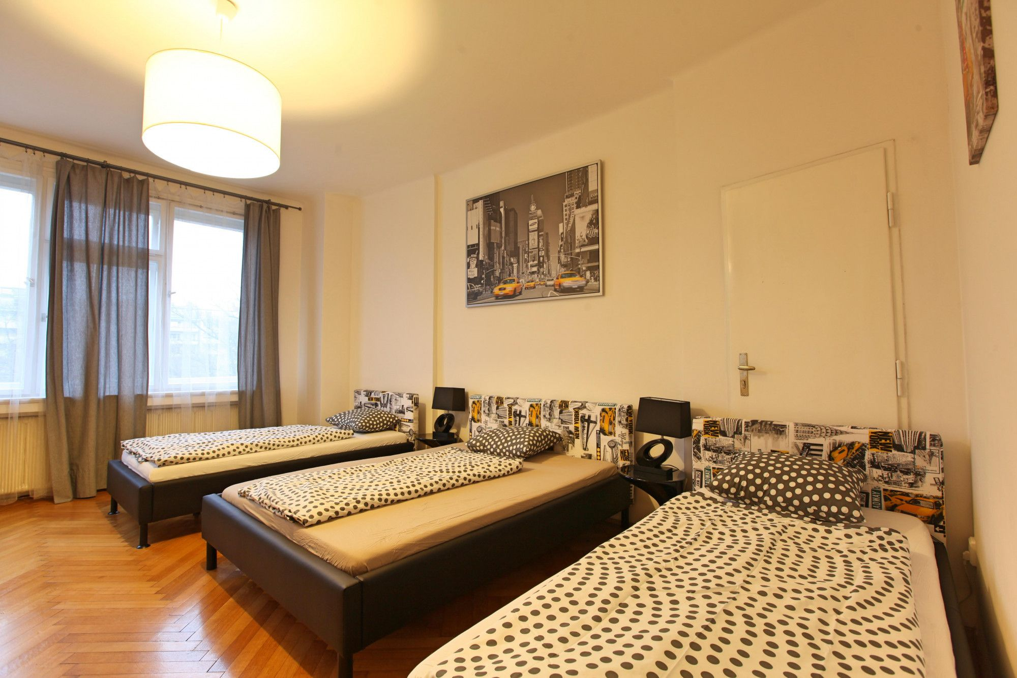 How to make a bedroom with an area of 12-14 square meters. do it yourself in modern style
