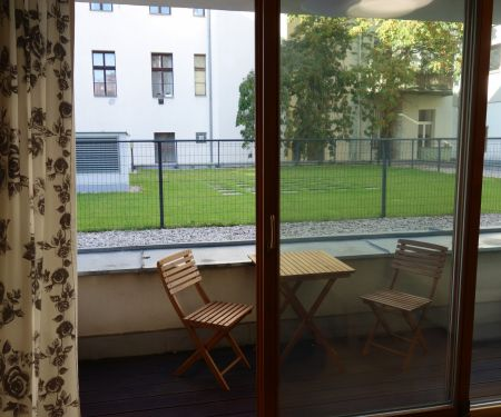 Byt k pronájmu - Praha 2 - Vinohrady, 3+kk