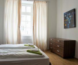 Byt k pronájmu - Bratislava, 1+1