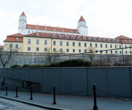 Byt k pronájmu - Bratislava, 1+kk