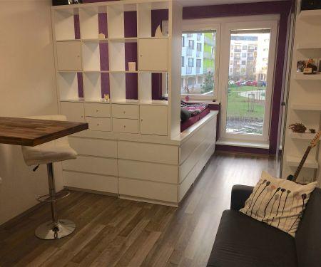 Bérelhető lakások - Prága 9